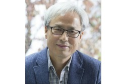 류종하 석좌교수, 강의료 1000만원 모범수형자 가족에 전달