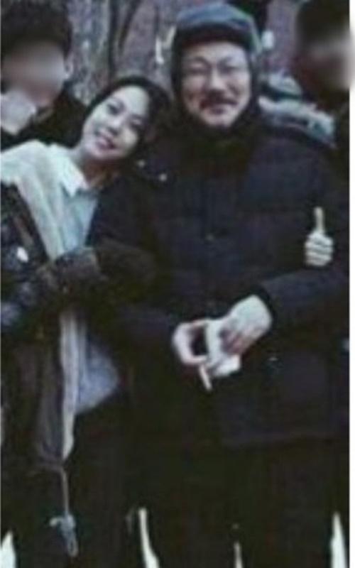 김민희 홍상수 감독/사진=온라인 커뮤니티